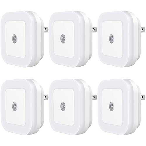 Best Motion Sensor Night Lights 4. Sycees Plug-in LED Night Light with Dusk-to-Dawn Sensor for Bedroom, Bathroom, Kitchen, Hallway, Stairs, Daylight White, 6-Pack